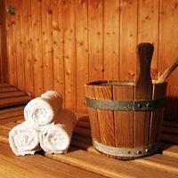 Wellness in der Sauna - © roesli48 / pixelio.de